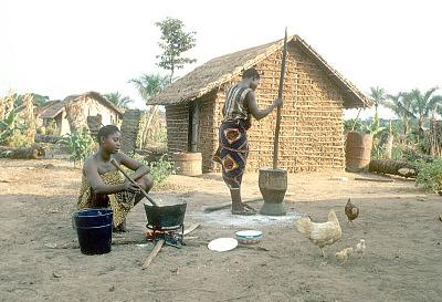 Kuba women cooking in the open air, Mushenge, Congo (Democratic Republic). [slide]