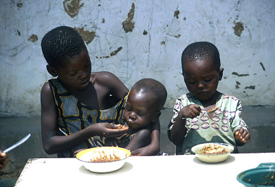 Children being fed at Bulape Presbyterian Medical Center, Bulape, Congo (Democratic Republic), [slide]