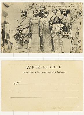 Madagascar - Group de Sakalavas [postcard]