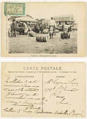 Tamatave [postcard] : Débraquement de Chaux