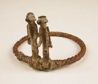 Divination ring