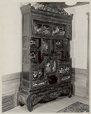 Ornamented cabinet from the Ching Dynasty? 1910