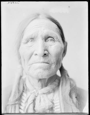 Chief Poor Elk, front. Oklahoma. U.S. Indian school 1904