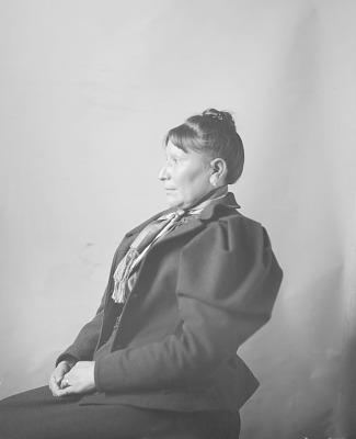 Portrait (Profile) of Tonhadel (Broken Leg) or Mrs Laura Pedrick or Laura Toneadlemah or Dunmore or Doanmore, Interpreter MAR 1898