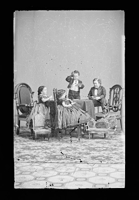 Strattons, G.W.M Nutt, and Minnie Warren