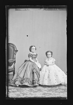 Lavinia Stratton and Minnie Warren