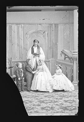 Strattons, G.W.M. Nutt, and Minnie Warren