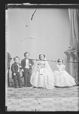 Strattons, G.W.M. Nutt and Minnie Warren (wedding party)