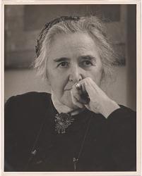 Clara Sipprell