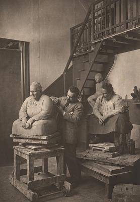 Gertrude Stein posing for Jo Davidson