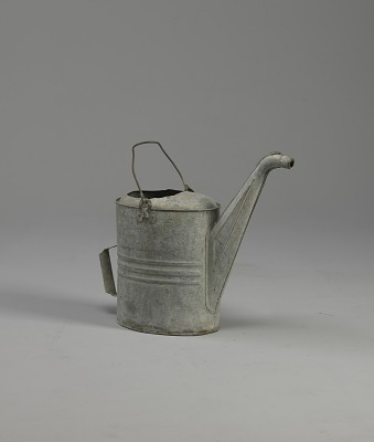 <I>Watering can</I>
