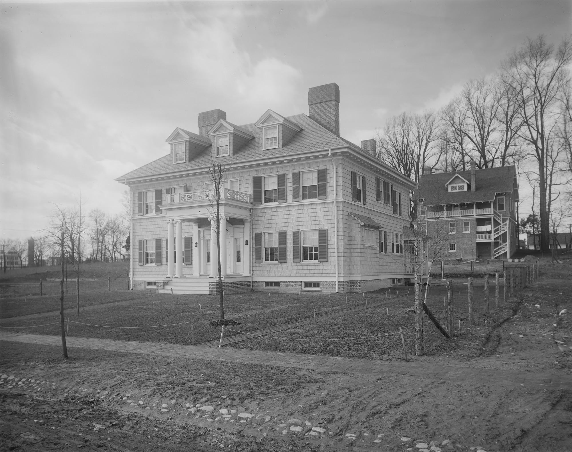 [Ogilby Garden]: the house, looking toward the back of the property.