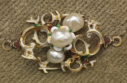 Dress Ornaments