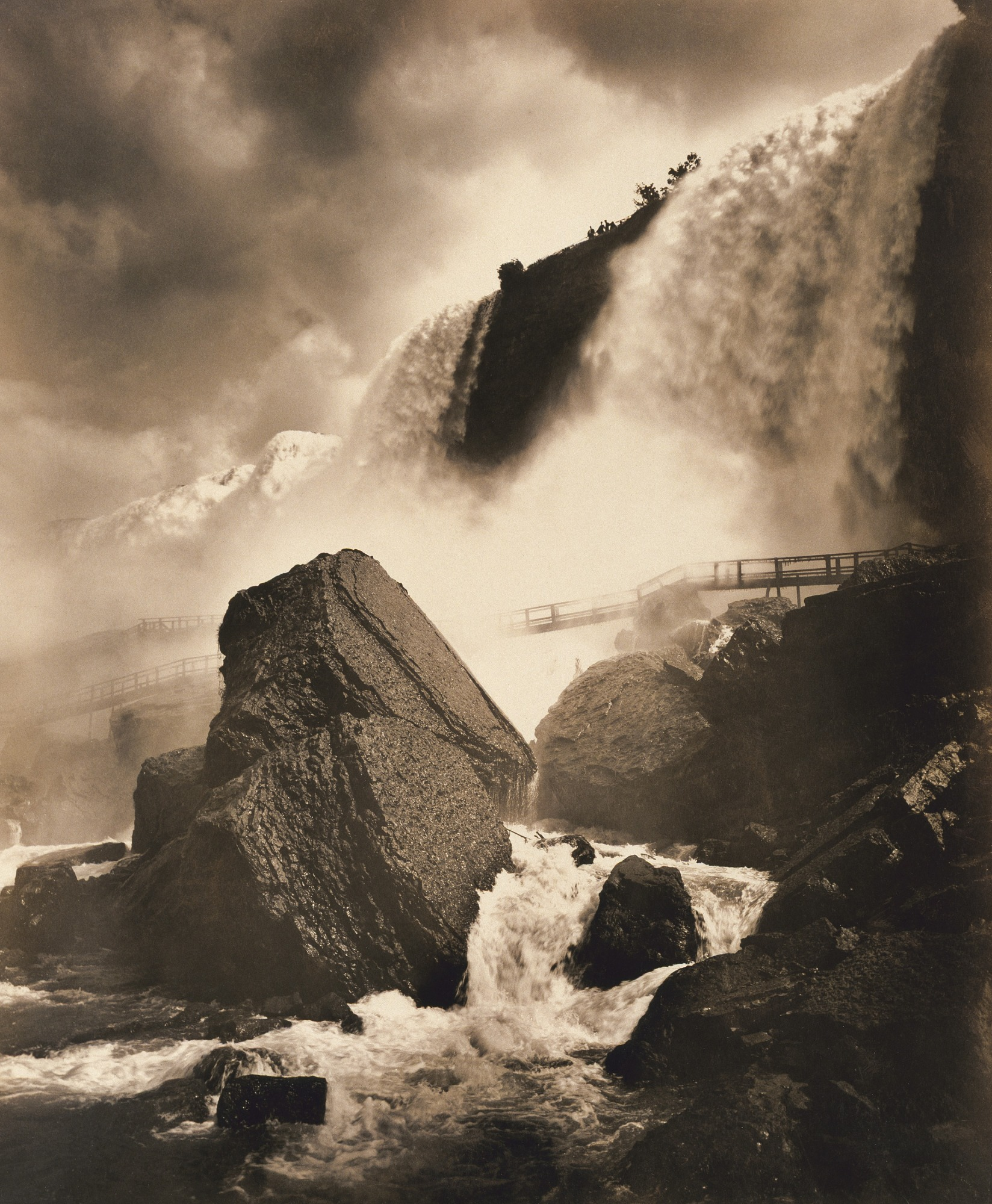 images for Niagara in Summer, from Below