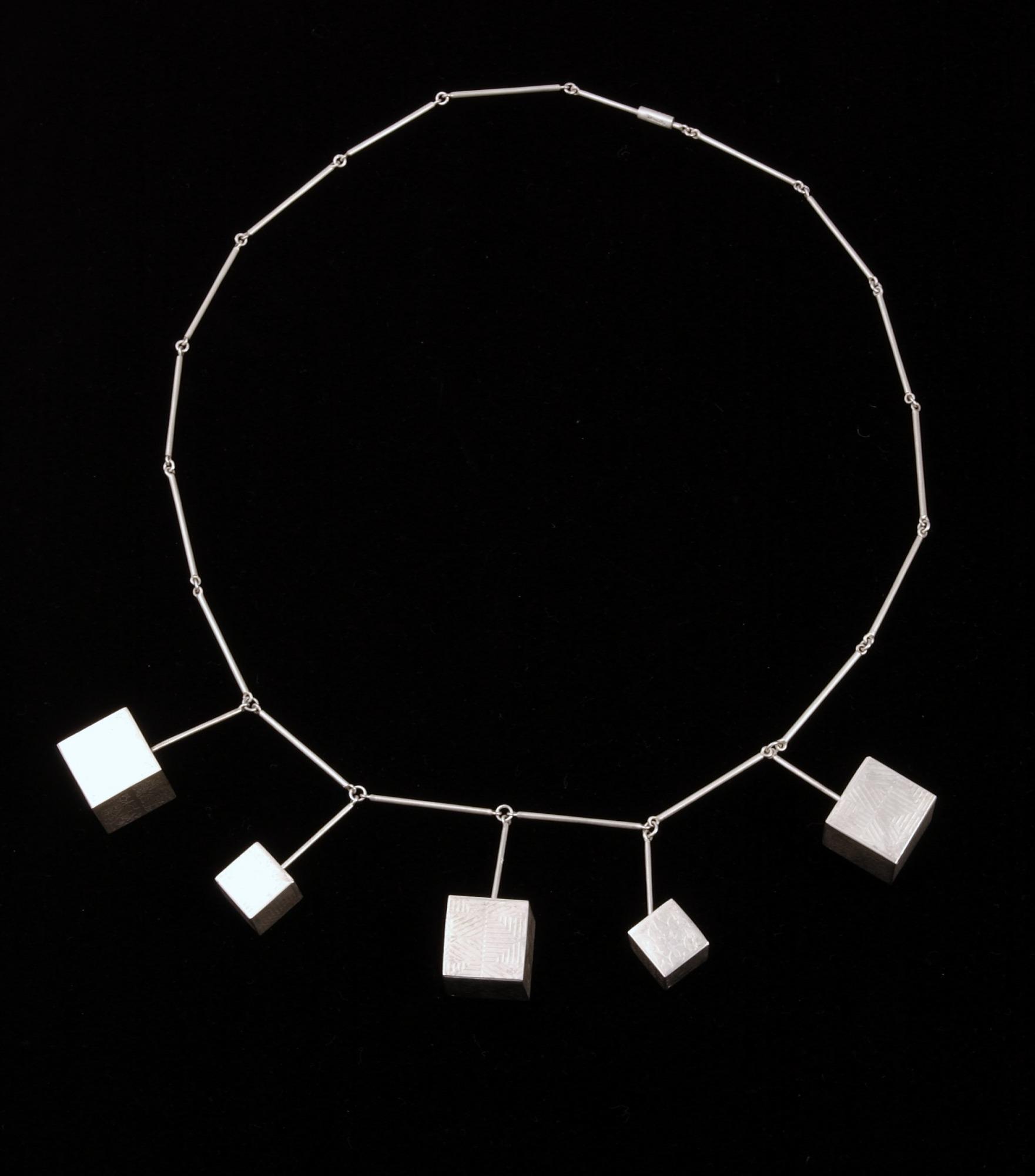 Box Beads