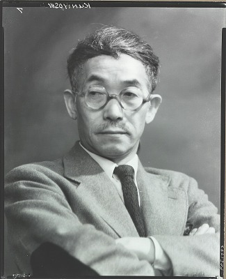 Yasuo Kuniyoshi [photograph] / (photographed by Peter A. Juley & Son)