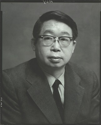 Seong Moy [photograph] / (photographed by Peter A. Juley & Son)