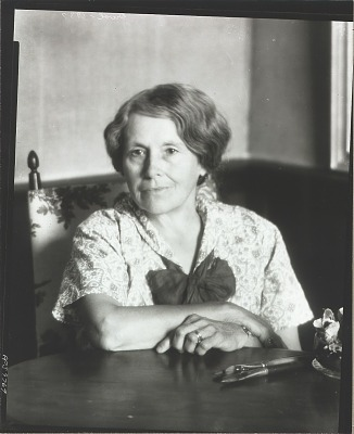 Edith Davol [photograph] / (photographed by Peter A. Juley & Son)