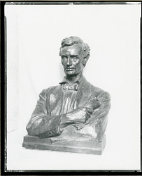 Lincoln the Lawyer [sculpture] / (photographed by Peter A. Juley & Son)