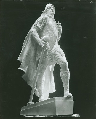 Leif Eriksson, [sculpture] / (photographed by Peter A. Juley & Son)