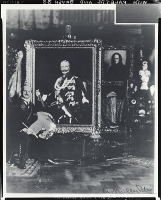 Adolfo Muller-Ury in his studio with