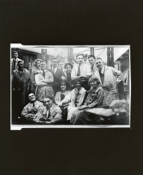 John Sloan's class at the Art Students League, New York [photograph] / (photographed by Peter A. Juley & Son)