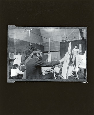 Kenyon Cox teaching at the Art Students League, New York [photograph] / (photographed by Peter A. Juley & Son)