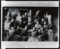 Kenyon Cox with his class at the Art Students League, New York [photograph] / (photographed by Peter A. Juley & Son)