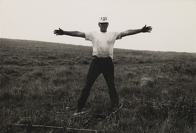 Running Fence, Sonoma and Marin Counties, California, 1972-76, Otis Ayock guiding the anchor driver truck into working position