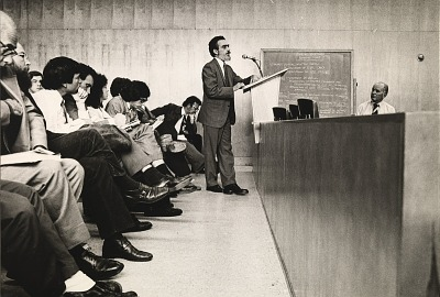 Running Fence, Sonoma and Marin Counties, California, 1972-76, Dr. Richard Cole testifies at hearing of the Sonoma County Board of Supervisors