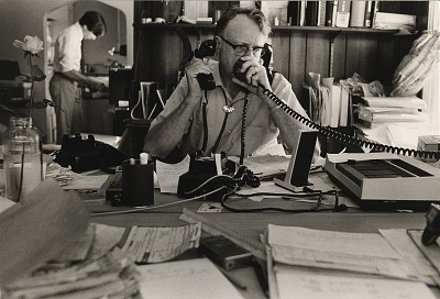 Running Fence, Sonoma and Marin Counties, California, 1972-76, Ted Dougherty directs operations from the Bloomfield control desk