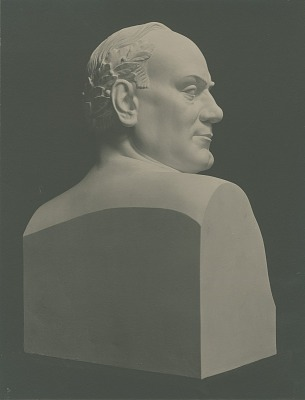 Caruso [sculpture] / (photographed by A. B. Bogart)