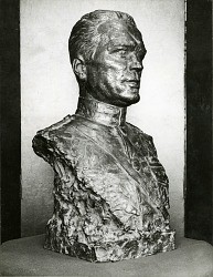 Floyd Gibbons [sculpture] / (photographer unknown)