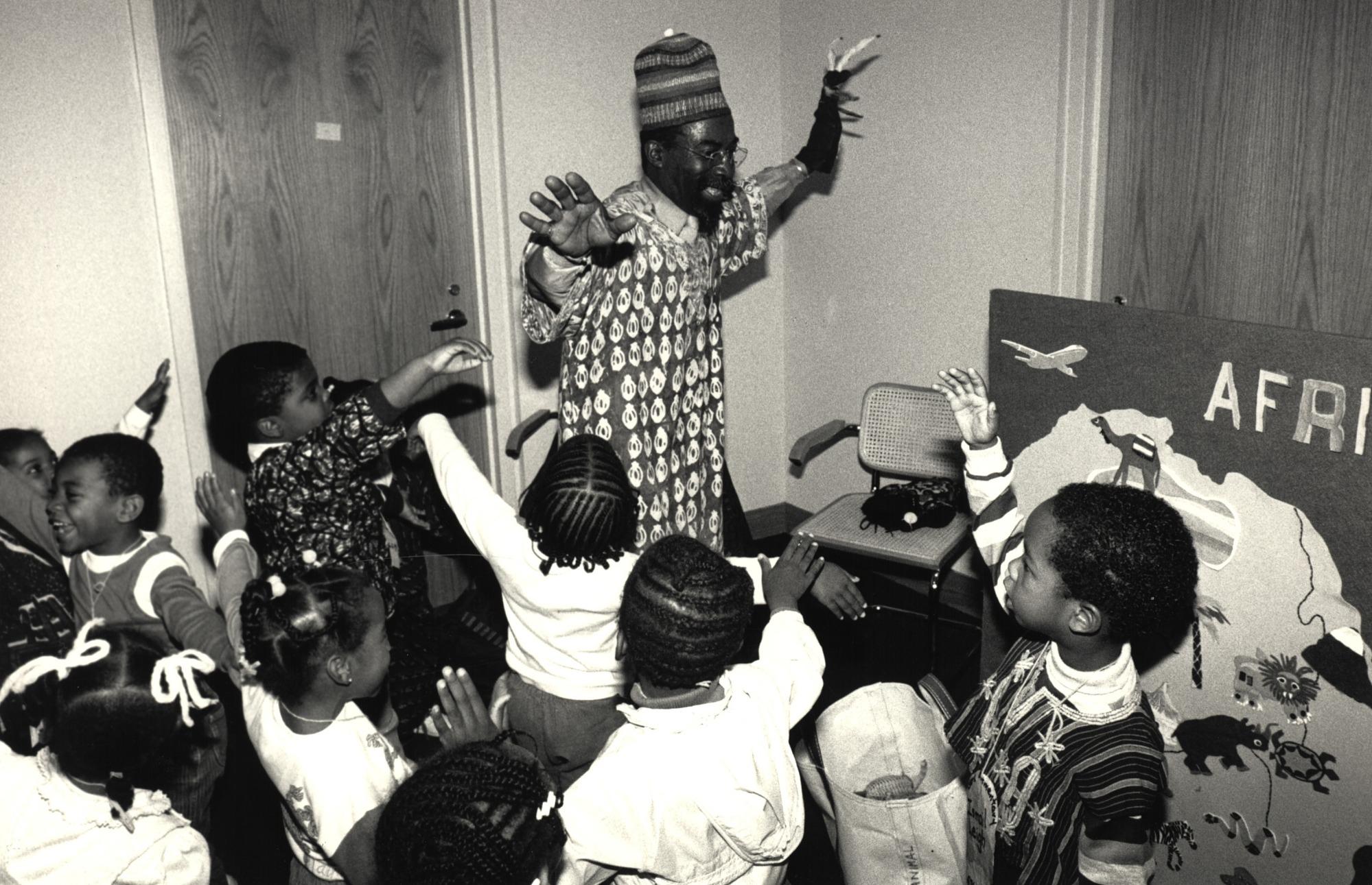 NMAfA Docent James Brown, Jr., with Preschoolers