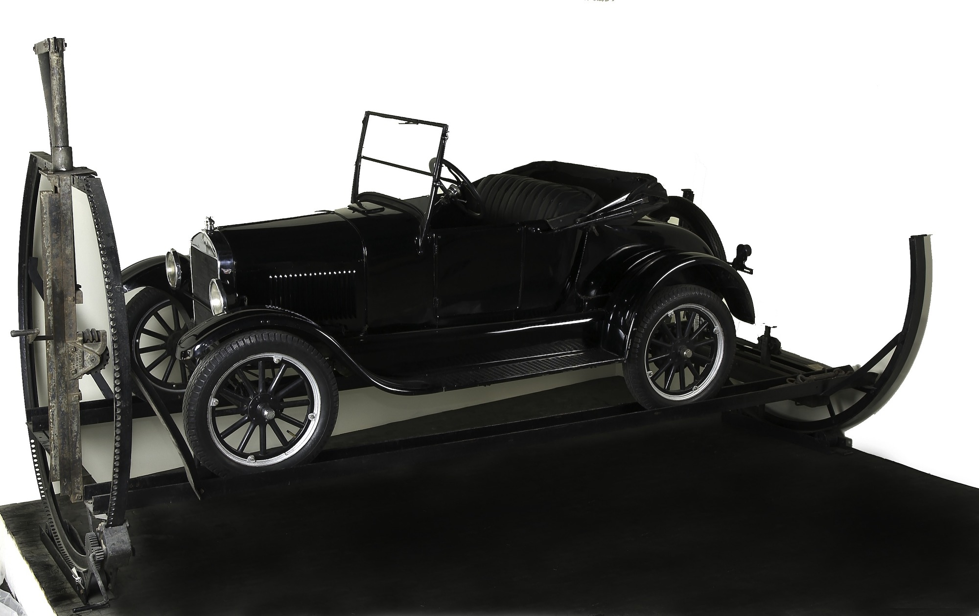 1926 Ford Model T Roadster on a Turn-Auto