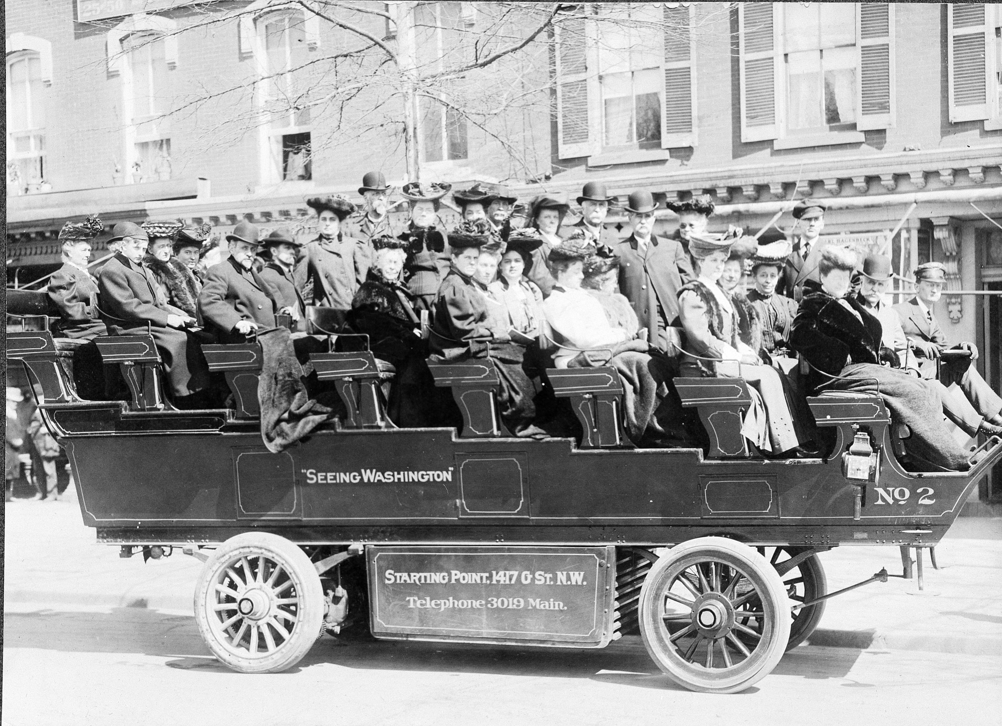 1906 Sightseeing Bus, by Unknown, 1906, Smithsonian Archives - History Div, 72-8601.