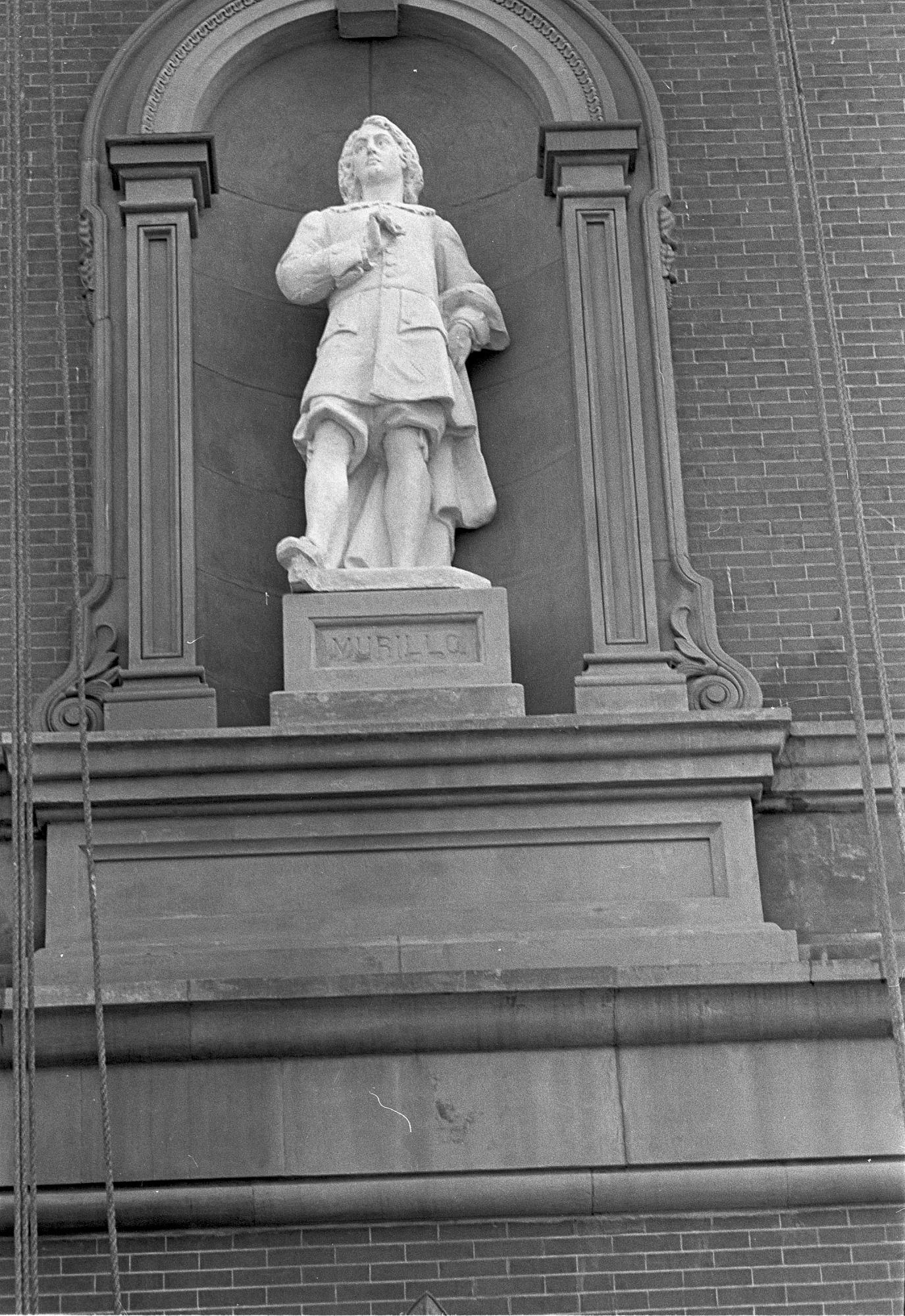 Placing statue of Murillo at RGA