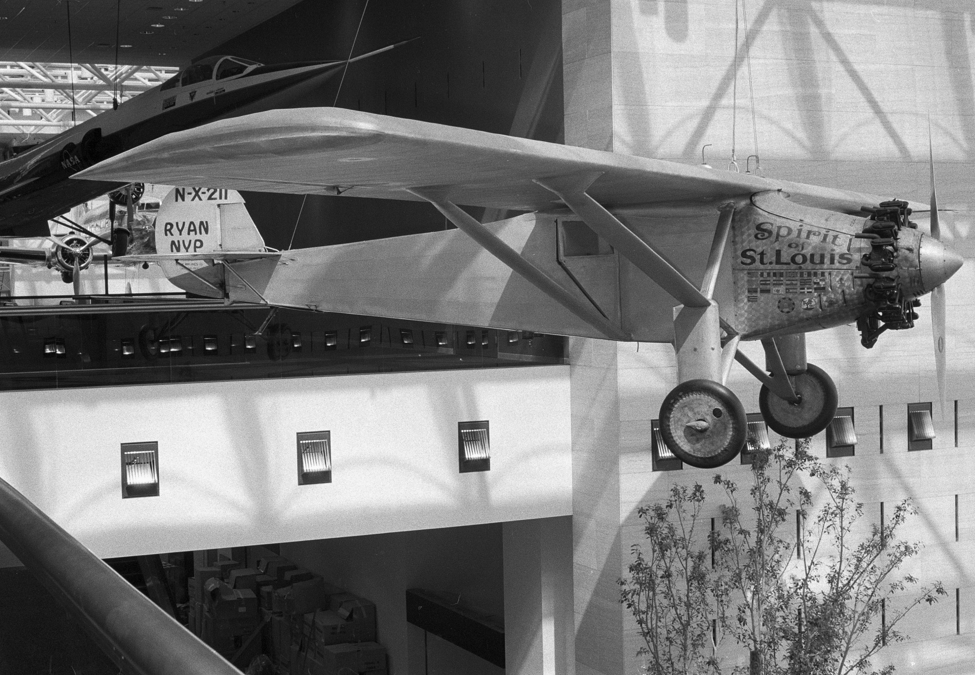 """""""Spirit of St. Louis"""" Suspended in the NASM"""