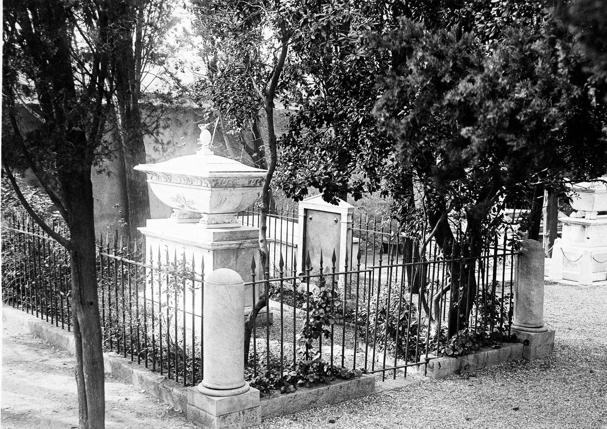 Tomb of James Smithson in Italy