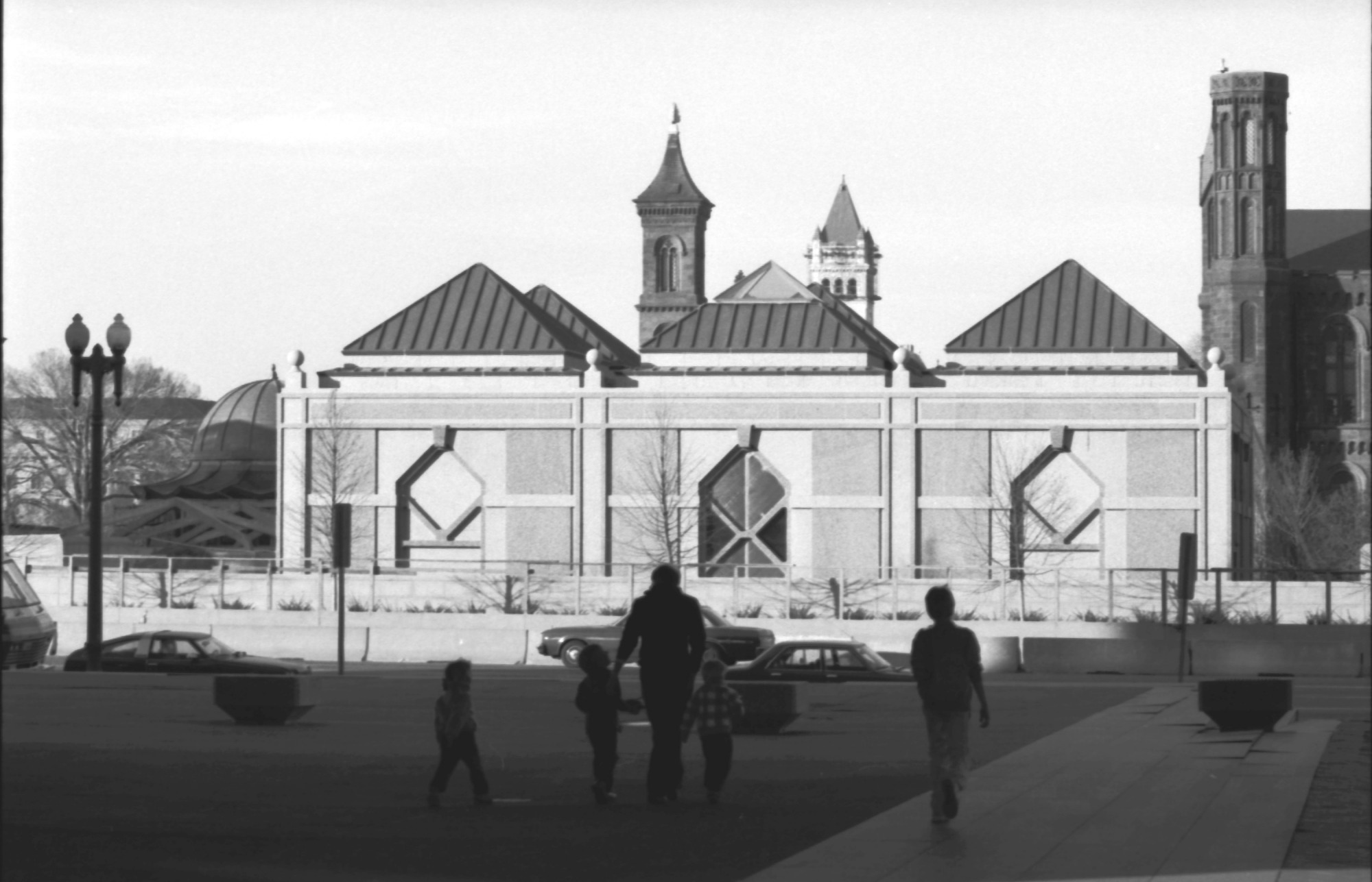 Sackler Pavilion, by Unknown, 1986, Smithsonian Archives - History Div, 86-14688-12A.