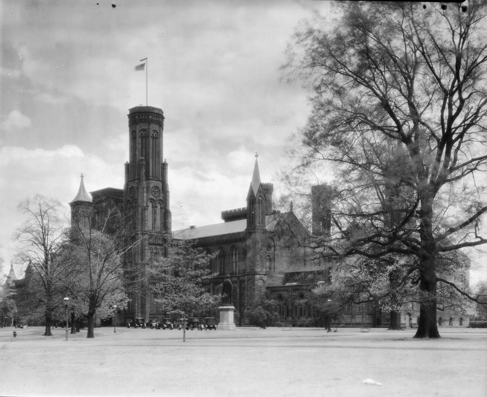 Smithsonian Institution Building, by Unknown, 1903, Smithsonian Archives - History Div, 94-12566.