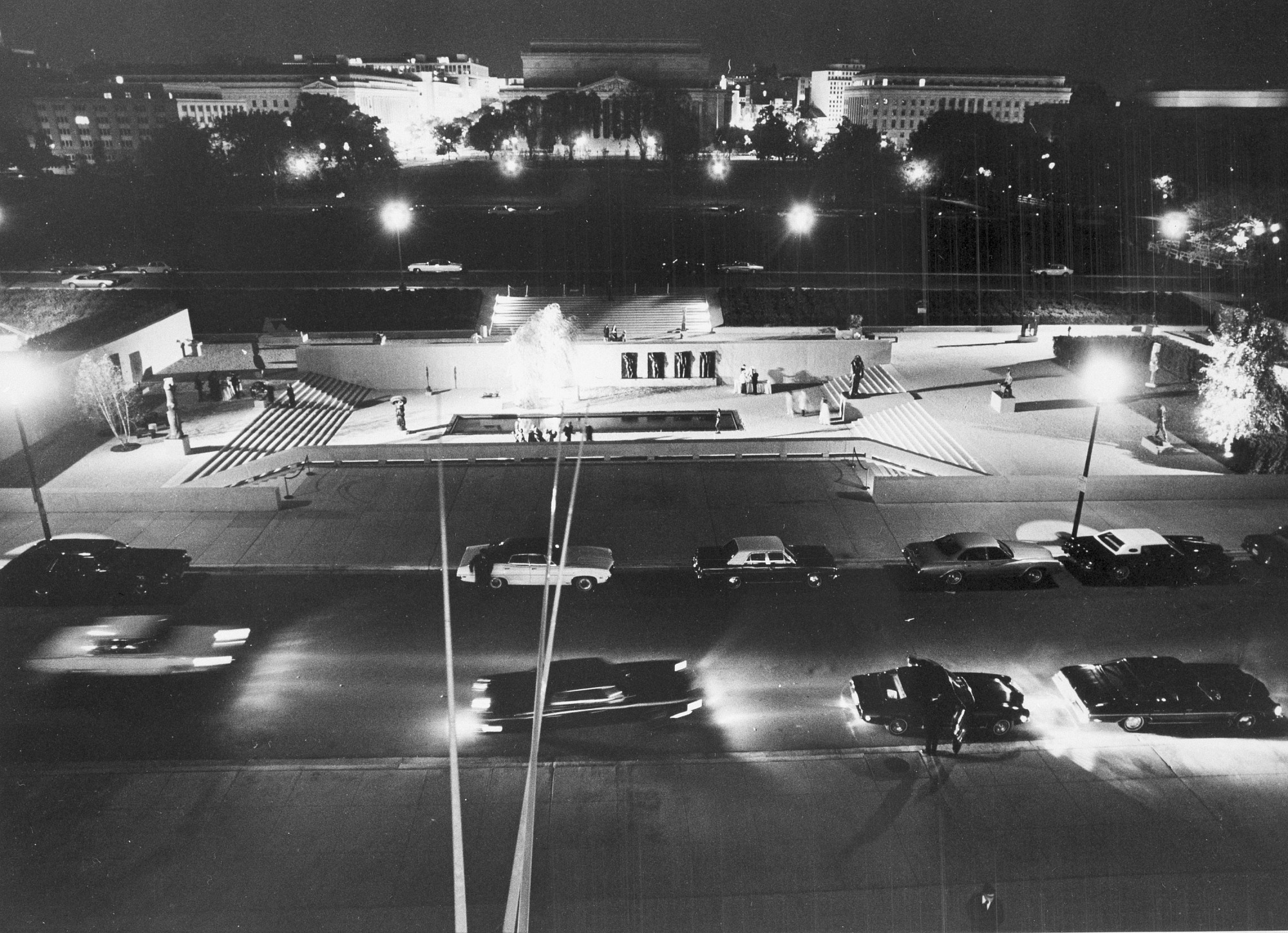 Hirshhorn Museum on Opening Night, by Unknown, 1974, Smithsonian Archives - History Div, 94-2860.