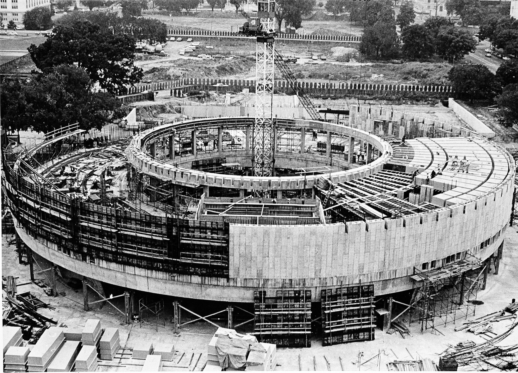 HMSG Under Construction, August 1972, by Unknown, 1972, Smithsonian Archives - History Div, 95-264.