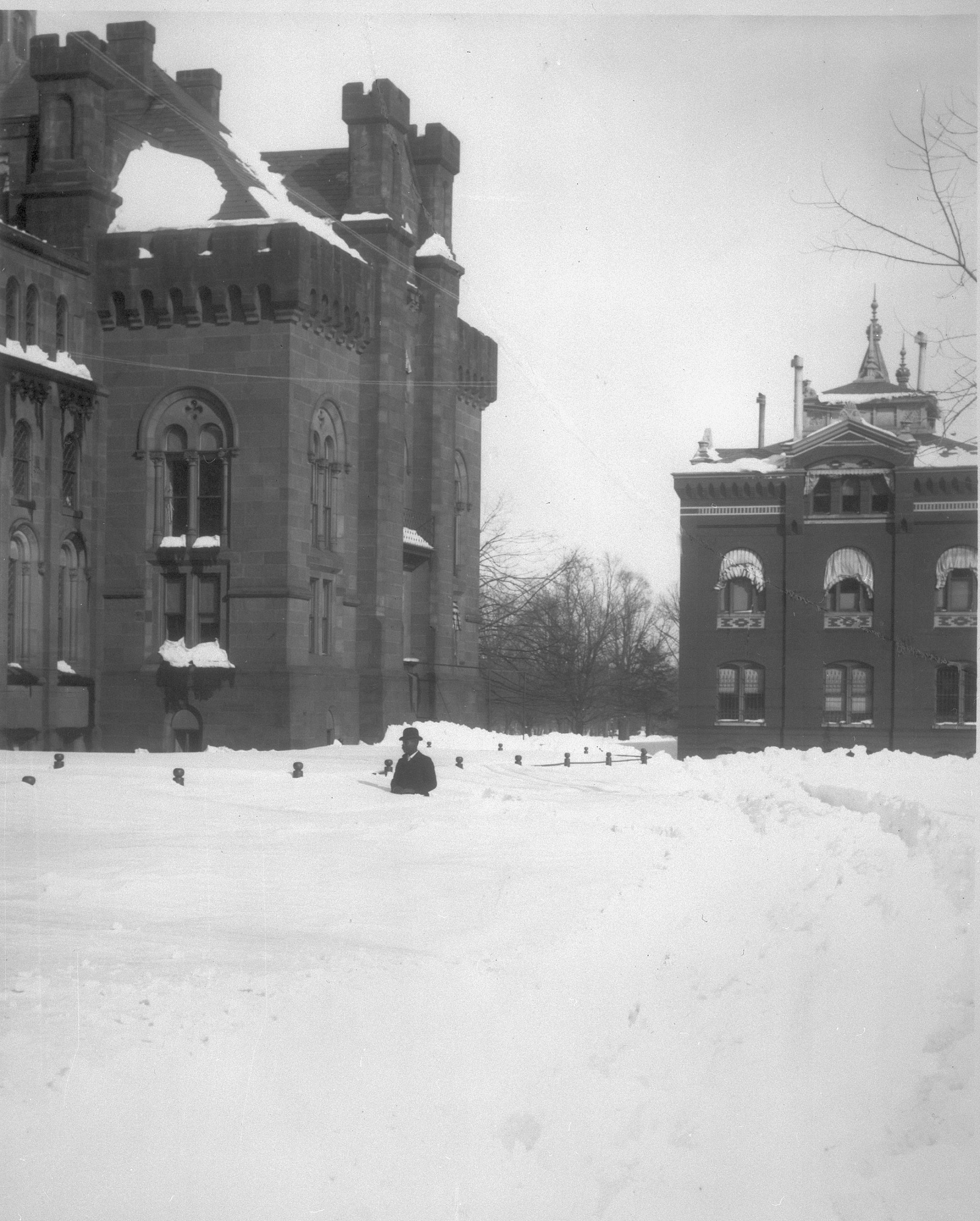 Knickerbocker Snowstorm Hits Washington, D.C, January 29, 1922, Smithsonian Archives - History Div.