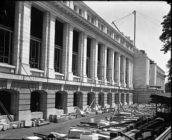 Construction of the U.S. National Museum Building, 1908