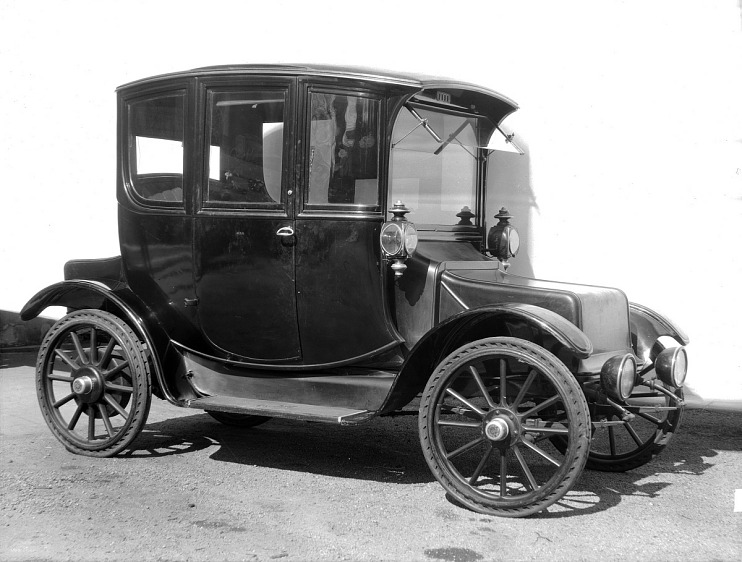 Rauch & Lang Electric Automobile, 1914