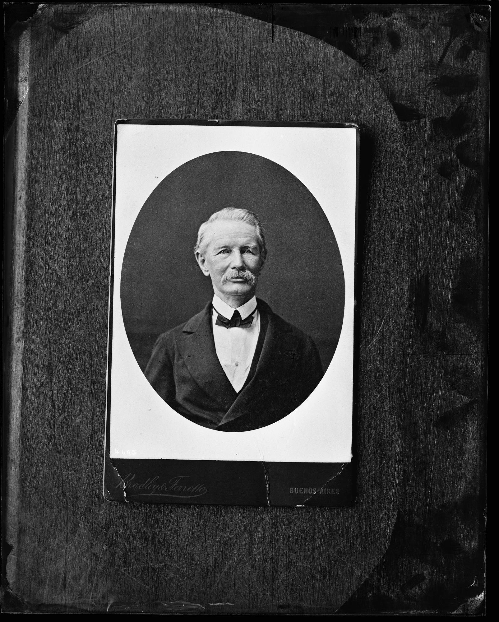 Carte-de-visite, Portrait of Unidentified Man