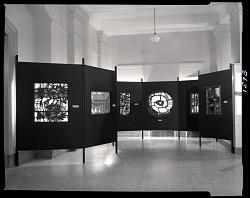 """""""British Artist-Craftsmen"""" Special Exhibition"""