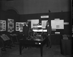 Astrophysics Exhibit, Conference on the Future of the SI