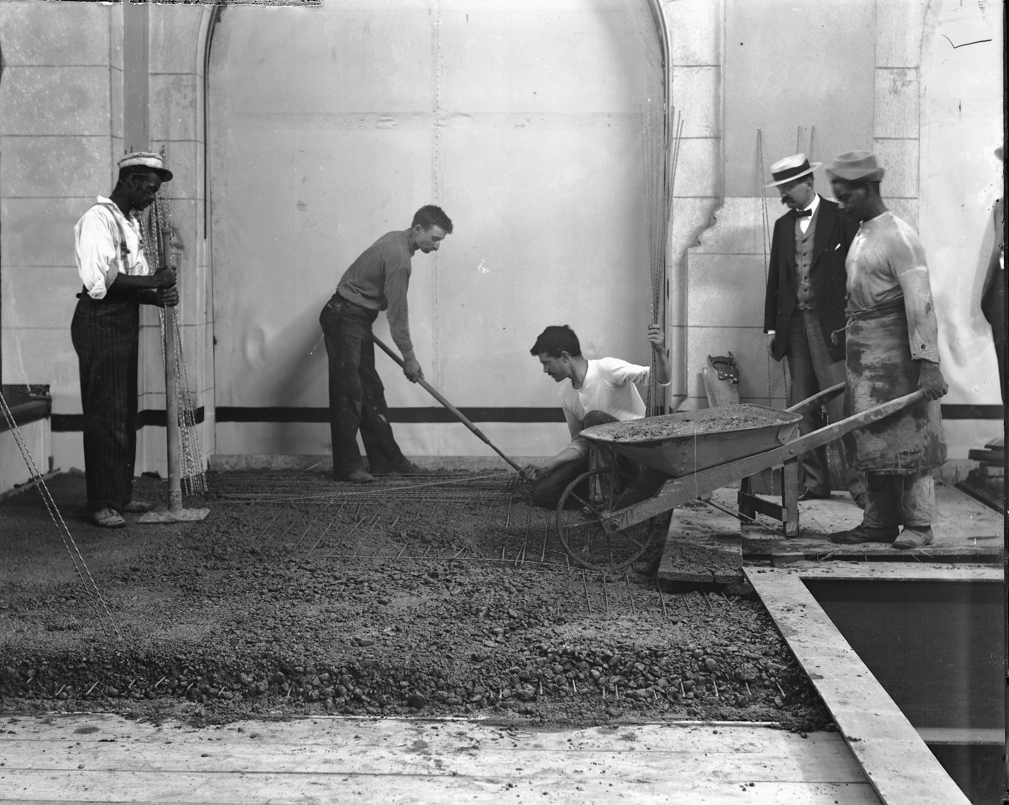 Laborers Constructing Galleries, U.S. National Museum